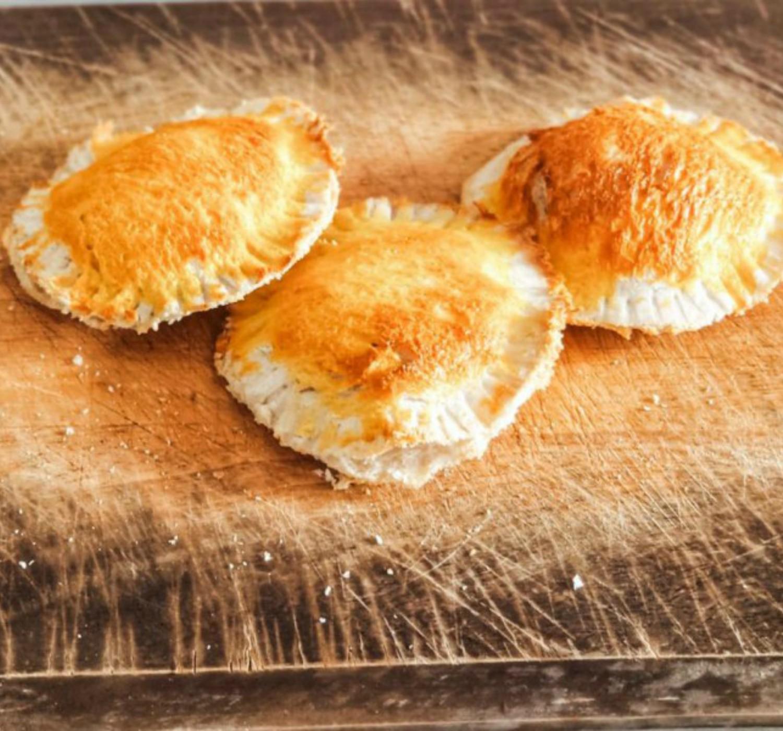 Τυροπιτάκια με ψωμί του τοστ για παιδιά   Έτοιμα σε 10′ - mrssoupe.com