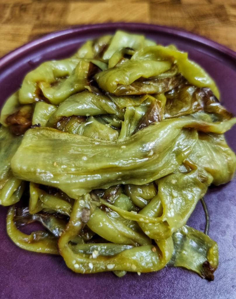 ψητες-πιπεριες-κερατο